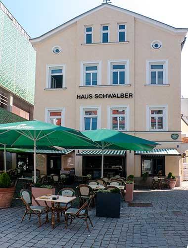 la-piazzetta-beim-alten-rathaus-fuerstenfeldbruck-380w